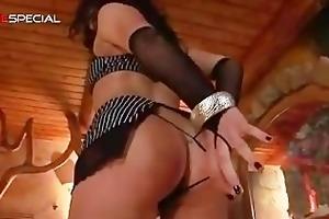 fantastic pierced pussy d like to fuck engulfing