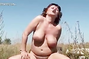 lustful d like to fuck receives her hirsute muf