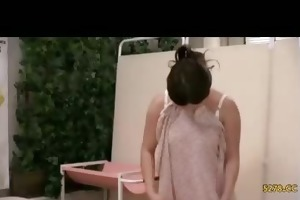wife tempted screwed by masseur nearby spouse 01