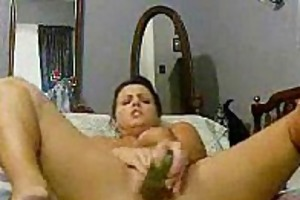 veggie bate mommy with enchanting shaved pussy!