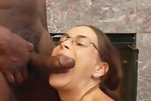 lascivious cheyenne hunter engulfing dark dick