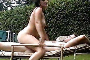 sexy mature wife bonks spouse in backyard