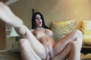 d like to fuck with large mambos and receives