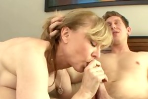 he is drilled his step-mom !!