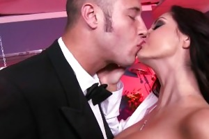 ava addams has an astounding rack and a need for