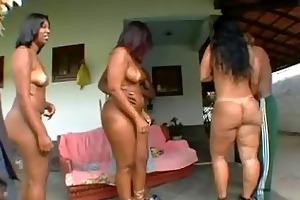 brazilian mother i body look so damn...