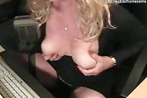 43 years perverted mommy silvia plays for web