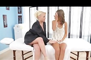 cheerleader presley hart lesbo massage