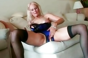 hot blond granny toys her pussy previous to