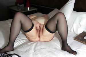 old bulky lady masturbating to agonorgasmos