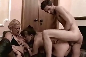bi older doxies receive analed in threeway fuck