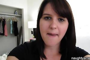 brunette hair receives revenge on homewrecker by