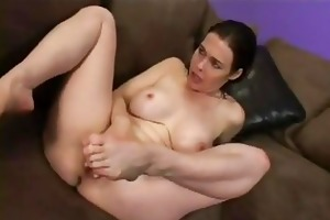 flirty d like to fuck mae victoria wraps her lips