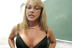 older blond teacher pushing her bawdy cleft wtih
