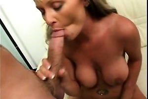 breasty d like to fuck wang stuffed
