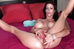 naughty large titted d like to fuck floozy