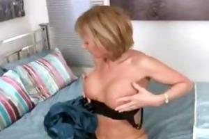lustful cougar masturbation