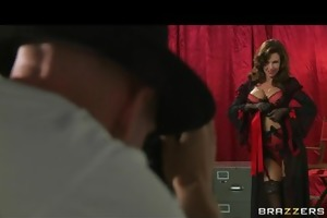 big-boobed model veronica avluv disrobes down