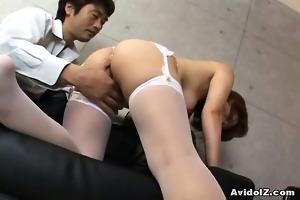 japanese babe receives her haiy fur pie fingered