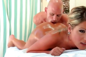 oily hot golden-haired takes masseurs dong in her