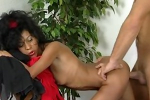 skinny cougar gets filled with a big penis
