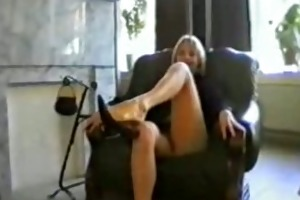 mamma rubbing twat on livecam