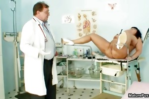 obese aged mommy widens her legs and receives
