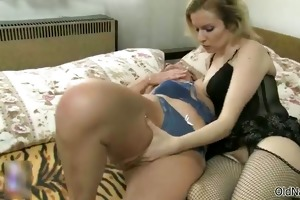 nasty old lady acquires her juicy snatch sucked