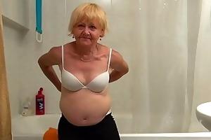 glamorous granny and worthy cutie masturbating