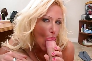 busty golden-haired d like to fuck shows off her