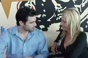 emma starr treats weenie to her bawdy cleft