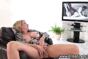 sexually excited aged solo hoe in nylons