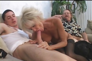 older pair in 3some sex game