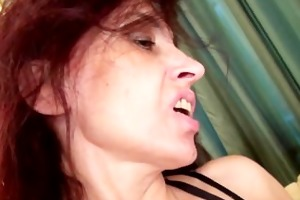 hawt d like to fuck karolina masturbates wearing