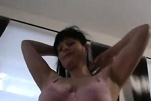 hot older non-professional mother i shows off her