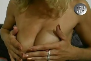 milf puts everything in her bawdy cleft whilst