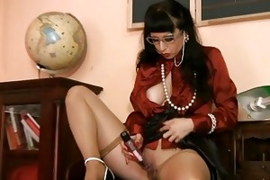 d like to fuck in hawt satin nylons masturbates
