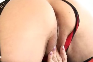 squirting hot cougar juice