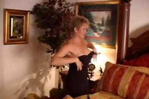 d like to fuck housewife acquires threesome from