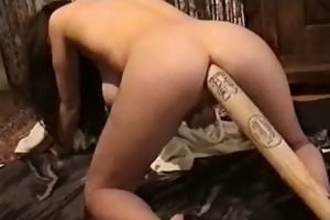 d like to fuck stretches her chocolate hole with