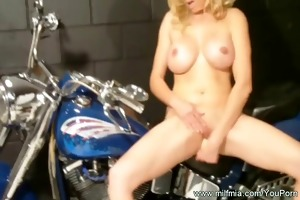 squirting and a motorcycle
