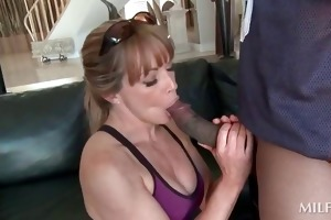 hawt cougar blowing a large darksome shaft