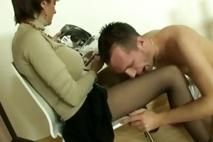 female-dom can her subjects attention on her