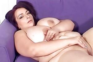large breasted mother i hottie masturbates on the