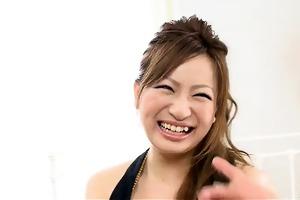 slinky japanese honey yukina momose in dark and