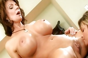 mother i lesbian act with deauxma and kristal
