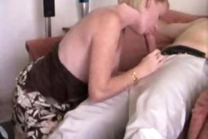 blond non-professional d like to fuck sucking dick